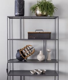 ESTANTERIA Shelves / Etagère SONG