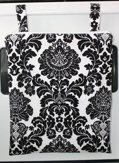 kitchen wet bag for your unpaper towels.
