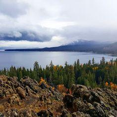 Vodič kroz Kaliforniju (V dio): Jezero Tahoe Lake Tahoe, Travel Guide, Mountains, World, Travelling, Lifestyle, Dios, Travel Guide Books, The World