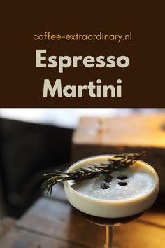 Eenvoudig te maken en heerlijk voor een onovertroffen drankje voor de avonden.   Alle ingrediënten (muv de koffiebonen) in een shaker. Krachtig schudden en uitschenken in een martiniglas. Garneren met de drie koffieboontjes en genieten maar!  25 ml Vodka 25 ml Tia Maria 5 ml suikersiroop 40 ml verse espresso bekertje crushed ijs snufje zout paar koffieboontjes  #coffee #koffietrends #coffeecocktails Espresso Martini, Panna Cotta, Coffee, Breakfast, Ethnic Recipes, Food, Kaffee, Morning Coffee, Dulce De Leche