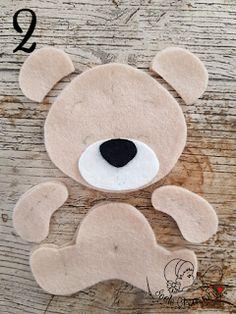 all the pieces of the felt bear - Stofftiere Bear Felt, Felt Baby, Felt Animal Patterns, Stuffed Animal Patterns, Felt Crafts Diy, Baby Crafts, Sewing Toys, Baby Sewing, Felt Toys