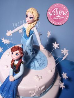"Elsa and Anna ""Frozen"" cake"