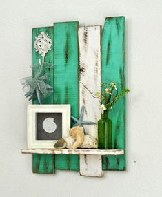Fun DIY craft projects for any time of the year. Feb Our favorite DIY projects Diy Craft Projects, Diy Home Decor Projects, Diy Pallet Projects, Decor Ideas, Decorating Ideas, Project Ideas, Diy Ideas, Pallet Ideas For Walls, Woodworking Projects