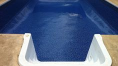What is a vinyl liner pool?