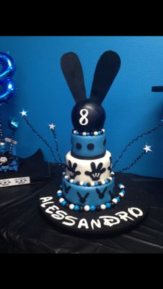 Oswald the lucky rabbit cake
