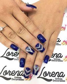 WEBSTA @ lorenaunhasdecoradas - Amando esse azul lindoooo ❤❤❤Quando amamos nossa profissão tudo sai perfeito ❤❤#unhas #unhasdecoradas #amomeutrabalho #unhasdasemana #amoesmaltar #unhaslindas #trabalholevadoasério #unhasdaluh_ #lorenaunhasdecoradas #pedrariasdivas #amoesmaltar #amodecorar #esmaltadas #amovidrinhos #esmaltesdetodasascores #amomarcas #avon #pretagil #daylus #impala #vult #risque ##arrazandonasunhas #unhasdeclientes #unhaslindas #amoesmaltar❤ #unhasdaluh_  #unhas #corese