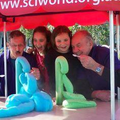 Sciworld Adelaide - pop up science busking