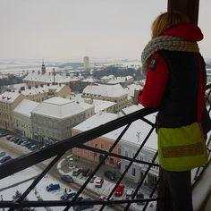 Verschneiter #Ausblick nach 128 Stufen hoch über #retz im winterlichen #weinviertel beim #bloggerwellness im #vinospa
