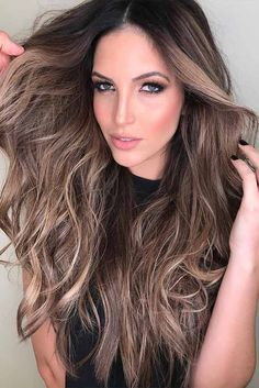 18 Best Winter Hair Colors ★ Classy Shades of Brown Hair Picture 2 ★ See more: http://glaminati.com/best-winter-hair-colors/ #winterhaircolor #haircolor