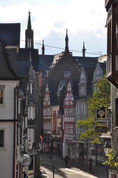 Die Kirchstrasse ist das alte Herz von Montabaur im Lahn-Westerwald