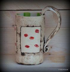 Handgefertigte Tasse aus Ton mit Rosenmuster. Für eine gemütliche Stunde bei Kaffee oder Tee...    Tasse für Individualisten! Ich habe diese Tasse ...