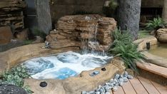 Small Rock Hot Tub / Spa This x natural rock hot tub is perfect for adding to backyards or patios, and guaranteed to transform the look of your property. Order this small rock hot tub kit online! Hot Tub Backyard, Hot Tub Garden, Small Backyard Pools, Small Pools, Backyard Patio, Small Spa, Pool Decks, Inground Hot Tub, Jacuzzi Outdoor