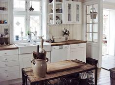 LA RÉ*CRÉATIVE • Kitchen Inspiration