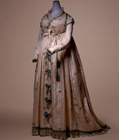 Dress (round gown) c. 1795- Italy