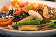 Thai food, Thailand Krabi, Food Thailand, Thai Recipes, Seaweed Salad, Green Beans, Vegetables, Thai Food Recipes, Vegetable Recipes, Veggies