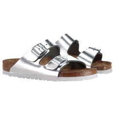 BIRKENSTOCK Sandaletten 'Arizona' ► Absolut trendig durch den Sommer kommen Sie mit diesen Sandaletten ARIZONA von BIRKENSTOCK, welche ein absolutes Revival feiern. Mit Fußbett aus reinem Leder erfahren Sie mit diesem Modell Tragekomfort in Perfektion.