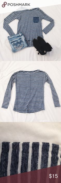 NWOT Long sleeve blue and white striped tee Long sleeve navy blue and white striped tee from H&M. Has a front pocket. Size: XS. Is new without tags and has never been worn and is really soft! Comment with any questions you have! H&M Tops Tees - Long Sleeve