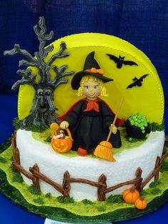 Halloween tree cake