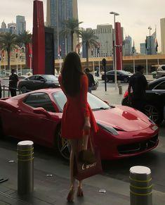 You&Apos;Re burning up, i'm cooling down mode de vie riche, bonjour, v Boujee Lifestyle, Luxury Lifestyle Fashion, Luxury Fashion, Elegantes Outfit Frau, Mode Adidas, Luxury Girl, Classy Aesthetic, Aesthetic Fashion, Billionaire Lifestyle