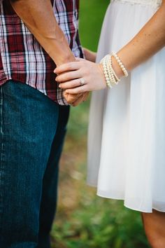 Outdoor Rustic Engagement Session