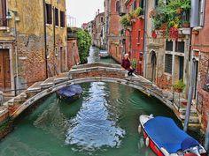 Hidden Venice - The Bridge with No Parapet in Venice, Italy