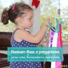 Fazer um varal com fitas e pregadores é uma dica de como desenvolver a coordenação motora fina das crianças de forma simples e divertida.