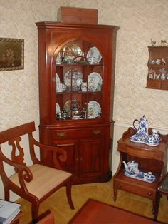 Willett Furniture Company Wildwood dressing vanity Willett