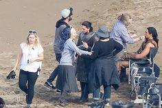 Kit Harrington and Emilia Clarke film battle scene for Game of Thrones, Season 7