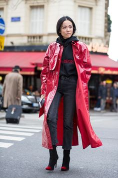 No One Wore Coats or Jackets the Right Way On Day 8 of Paris Fashion Week - Fashionista