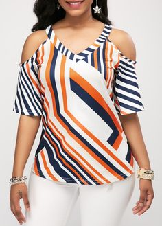 Stylish Tops For Girls, Trendy Tops, Trendy Fashion Tops, Trendy Tops For Women Trendy Tops For Women, Blouses For Women, Blouse Styles, Blouse Designs, Vetement Fashion, Casual Skirt Outfits, Trendy Outfits, Summer Outfits, Cold Shoulder Blouse