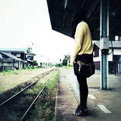 待つ女 #30jidori @ 仙崎駅 (Senzaki Sta.) instagram.com/p/aU_68VxiPK/
