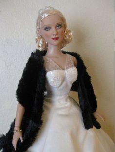 About Bette Davis: Bette Davis wearing Gene Fashion