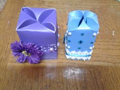 Best Out Of Waste Plastic folder transformed to Unique Gift Boxes