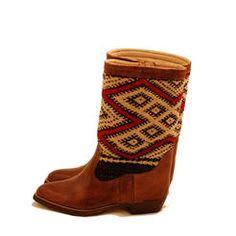 Our handmade Kilim boots from Marocco, now in darkbrown