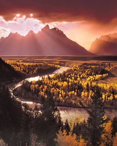 Snake River, Montana Is this even real??? My gosh!!! (It is very real.... B) B