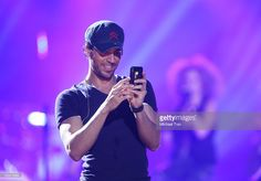 Enrique Iglesias performs onstage held at Staples Center on August 16, 2012 in Los Angeles, California.