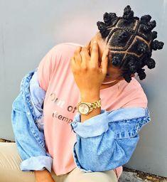 Online pin board for melaninated individuals . Inspiring melanin girls to feel even more beautiful. Bantu Knot Hairstyles, African Braids Hairstyles, Baddie Hairstyles, Black Girls Hairstyles, Natural Afro Hairstyles, Curly Hair Styles, Natural Hair Styles, Pelo Afro, Black Girl Braids