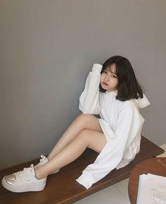 Pretty Girl of Asian - Smile Girl Beauty Mode Ulzzang, Ulzzang Korean Girl, Cute Korean Girl, Cute Asian Girls, Cute Little Girls, Korean Fashion Trends, Korean Street Fashion, Petty Girl, Short Girl Fashion