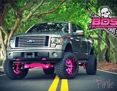 country boys and trucks | there is nothing better than country boys.