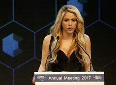 Shakira: La paz va más allá de los tratados