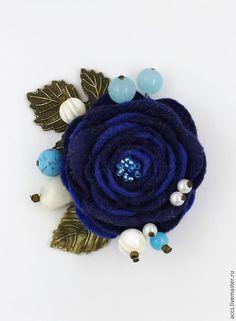 """Броши ручной работы. Ярмарка Мастеров - ручная работа. Купить Брошь """"Зимний вечер"""" - брошь в форме цветка из фетра. Handmade."""