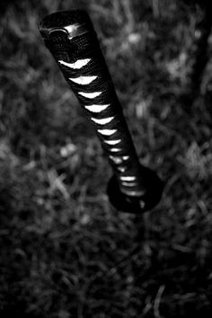 I would never stick my katana in the ground like this, but interesting angle for the photo.
