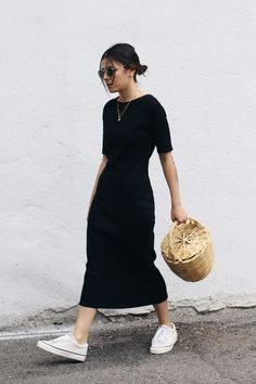 The Fashion Medley : Long Black Dress