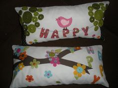Almofadas bordadas á mão
