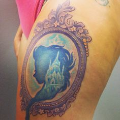 My new #Frozen tattoo with #Elsa in the center! Framed cameo!