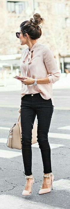 Modest Women Business Outfits For 2019 18 Business-Outfit 48 Modest Women Business Outfits for 2019 Fashion Mode, Work Fashion, Fashion Trends, Style Fashion, Trendy Fashion, Fashion Ideas, Business Casual Womens Fashion, Fashion Check, Latest Fashion