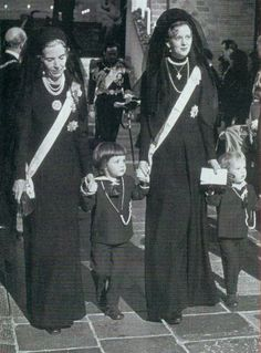 Queen Ingrid and Queen Margrethe II with Crown Prince Frederik and Prince Joachim at the funeral of King Frederik IX of Denmark