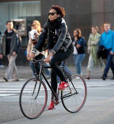 cyclivist:  Copenhagen Elegance.