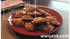 In this video we show you how we make our 1 point banana cookies using WW Maple Brown Sugar Oatmeal! This recipe is so simple and the cookies are so good tha. Banana Oat Cookies, Banana Oats, Cookies Ingredients, 2 Ingredients, Maple Brown Sugar Oatmeal, 2 Ingredient Recipes, Treats, Baking, Warriors