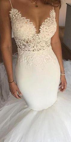 NEW! Fabulous Tulle & Satin Spaghetti Straps Neckline Mermaid Wedding Dress With Lace Appliques